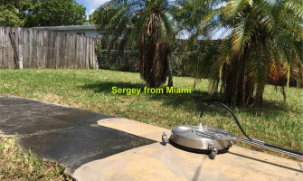 Pressure cleaning of house & walls & windows & driveway at 39th Street Hollywood FL 33023