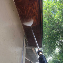 Pressure cleaning of house at Hollywood, Florida