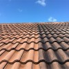 Pressure cleaning of the roof at Fort Lauderdale, Florida